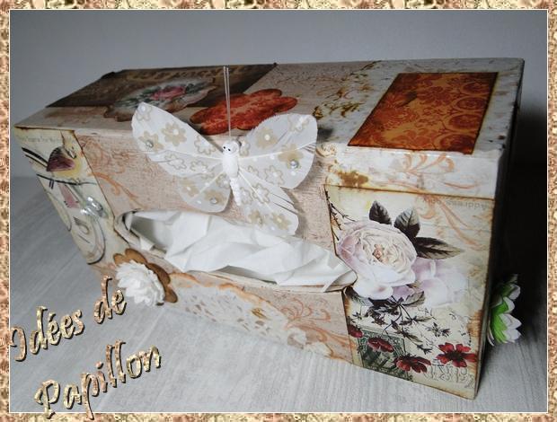 Boite à mouchoir en bois décorée