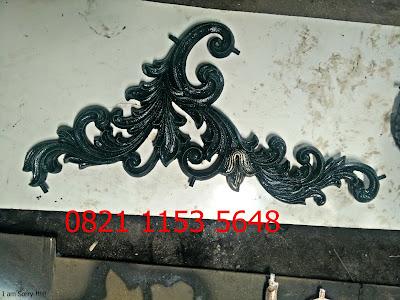 ornamen besi tempa adalah pagar besi tempa
