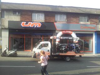 Concesionario-Motos-UM-Medellin