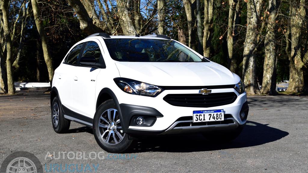 Contacto Chevrolet Onix Activ 14 Mt Autoblog Uruguay Autoblog