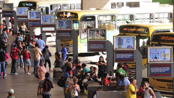 Anuncian aumento del precio de transporte público en Brasilia