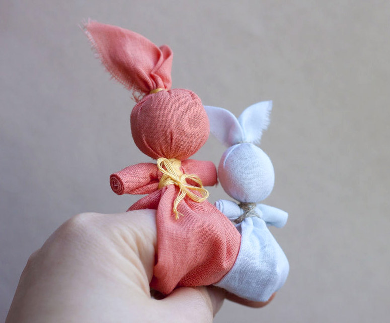 "Children's folk toy ""Bunny on the finger"". DIY Tutorial"