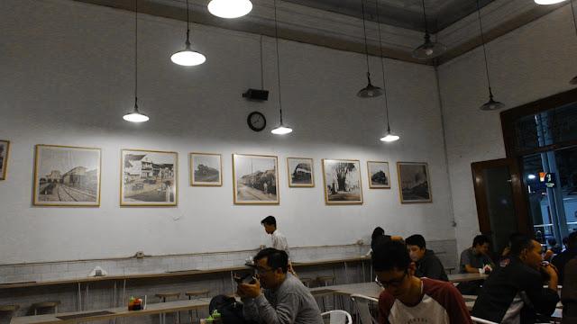 loko cafe stasiun jogja