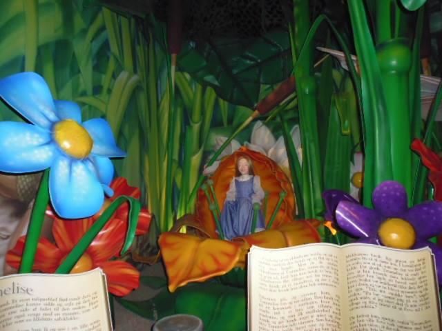 Cuento Pulgarcita de Hans Christian Andersen