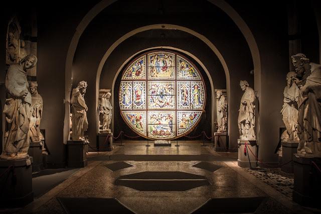 Rosetón conservado de la catedral de Siena :: Composición 4 x Canon EOS5D MkIII | ISO800 | Canon 17-40@17mm | f/4.0 | 1/10s