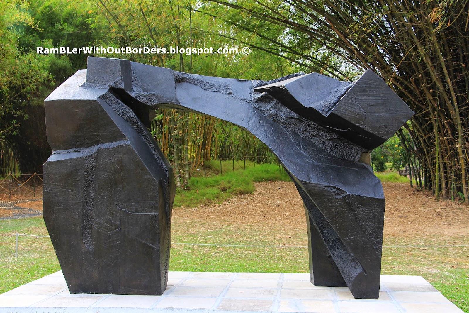 Ju Ming sculpture, Taichi Series