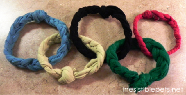 Free Instructions for DIY Olympic Rings Dog Toy