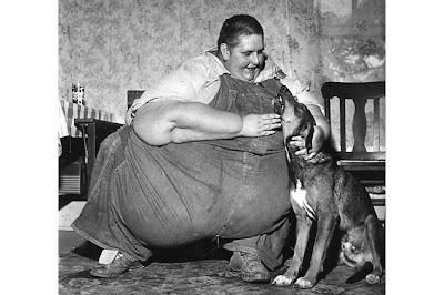 Zwaarste vrouw ter wereld valt 363 kilo af na valse moordbekentenis