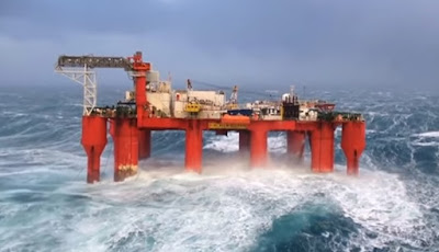 Cuaca extreme di offshore rig