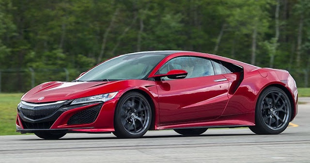 2017 Acura NSX Hybrid Is the Friendly Supercar