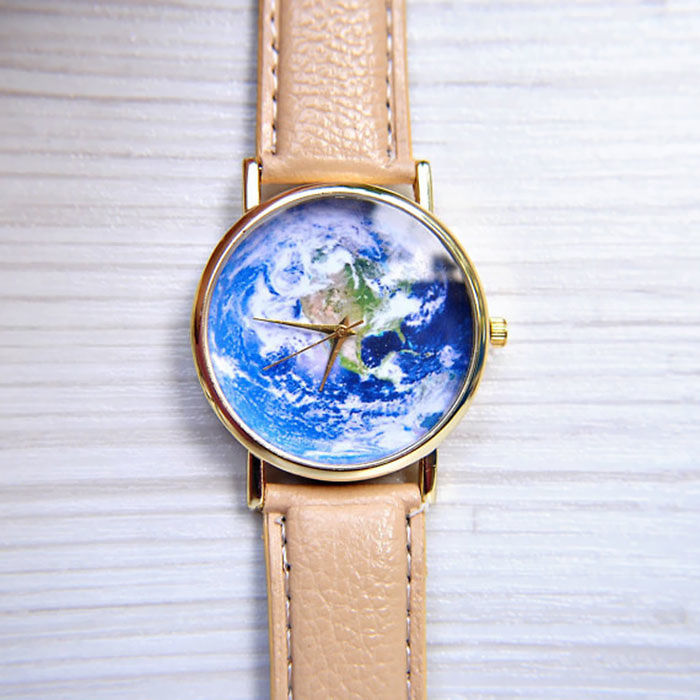 15+ Of The Best Traveler Gift Ideas Besides Actual Plane Tickets - Earth Watch