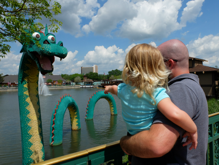 Disney Springs - Lego Dragon