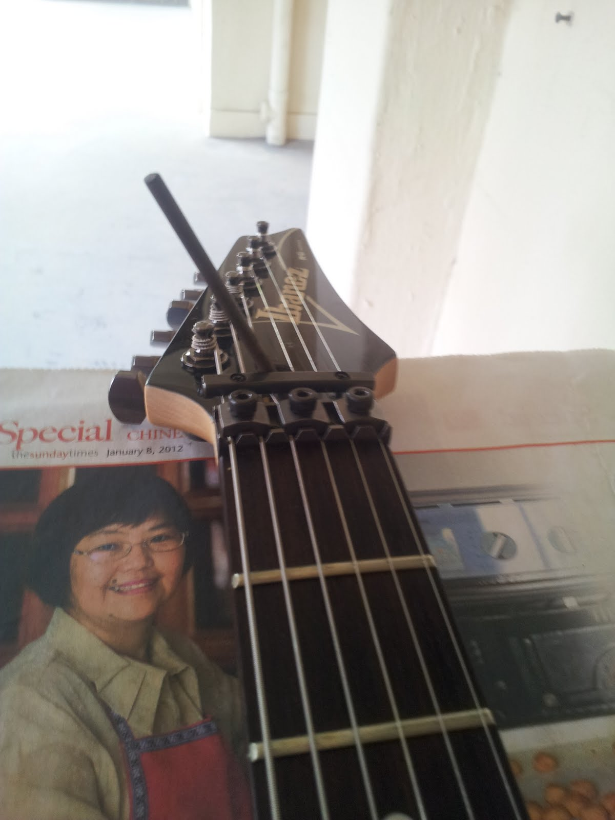 the guitar otaku setting up an ibanez part 2 truss rod adjustment. Black Bedroom Furniture Sets. Home Design Ideas