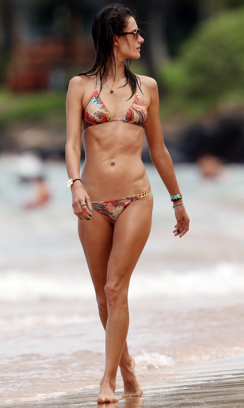 Body Paint Hawaii >> Alessandra Ambrosio bikini candids August 2011 HQ - Models Inspiration