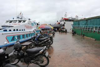 Pelabuhan Rakyat Sorong
