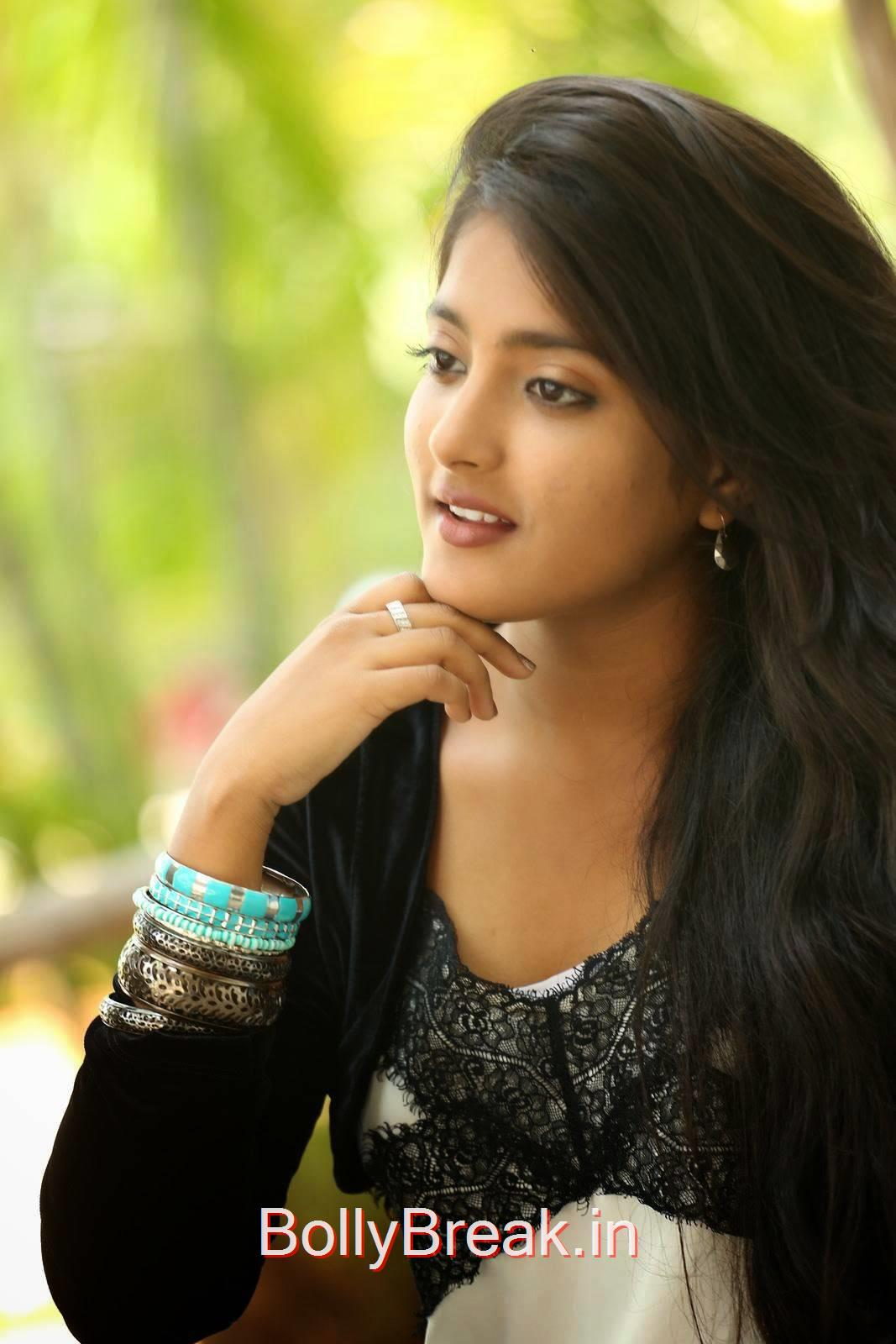 Ulka Gupta Pics, Cute, Sweet, Innocent Indian Actress Ulka Gupta hot HD Photo Gallery Pics