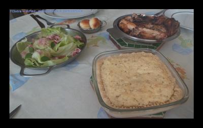 guarnição e acompanhamento para refeições; lanche; ricota caseira; ricota; torta salgada