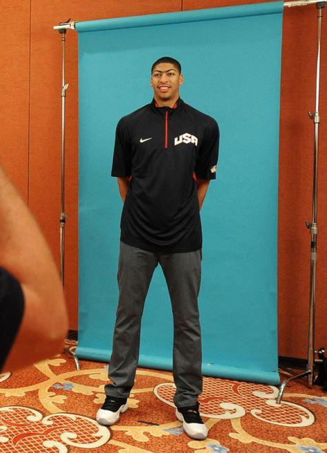 fcf3c3e0f93 Celeb Sneaker Game  Anthony Davis Wearing Air Jordan 11 Retro Low ...
