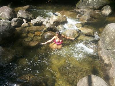 A tranquilidade das águas cristalinas de Penedo