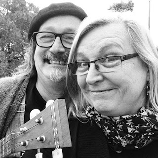 Adrian Kosky and Carla Maxwell, Appalachian Mountain Dulcimer players/performers, Australia, America
