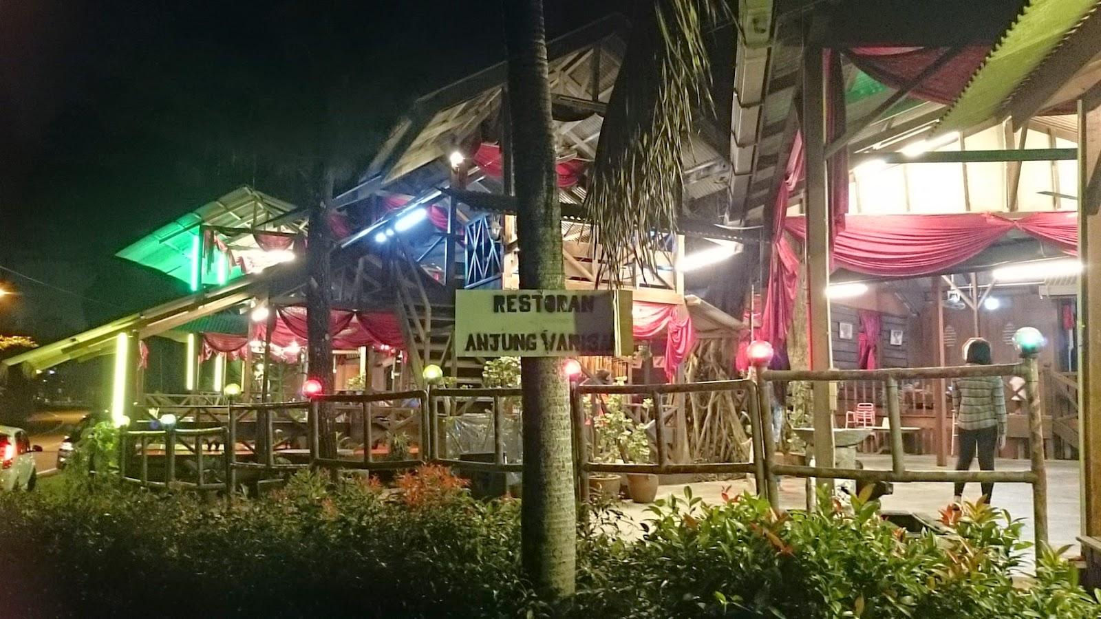 Anjung Warisan Johor Bahru