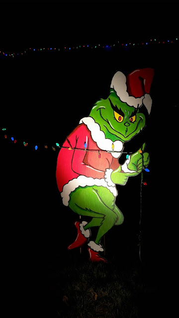 Christmas holiday decorations Grinch lawn ornament DIY