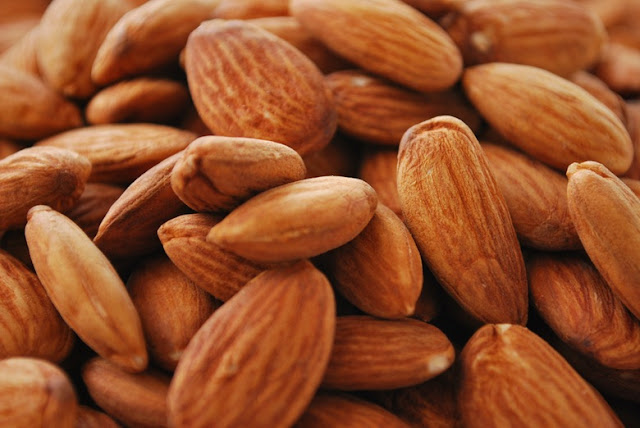 Health-Benefits-of-Soaking-Almonds