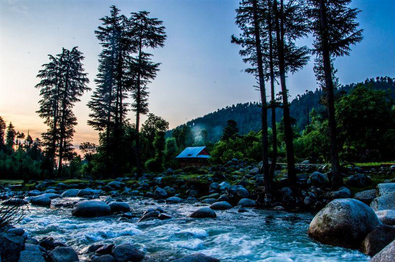 Bungus and Lolab Valley - Mawar River