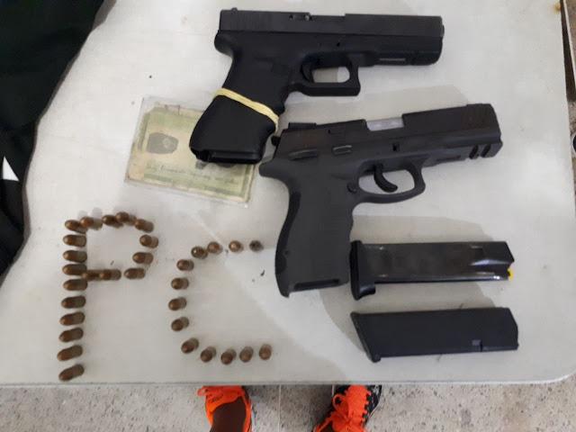 Polícia Civil de Alagoinhas prende indivíduo na Estação Rodoviária portando duas pistolas de uso restrito