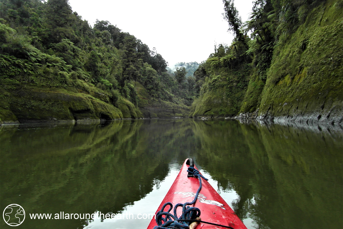 Canoeing the Whanganui River, New Zealand, North Island