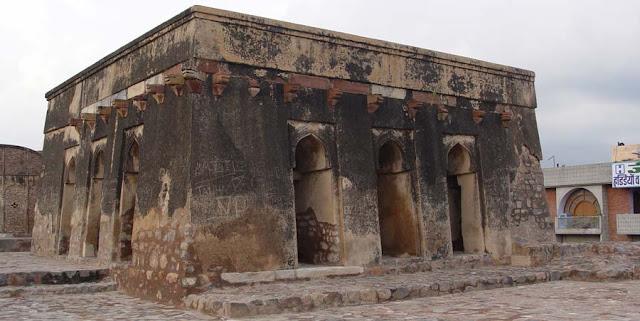 Gujari Mahal at Hisar, Haryana