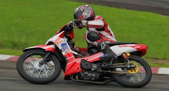 Motor Road Race Supra X