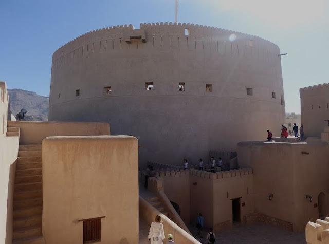 L'interno della fortezza di Nizwa
