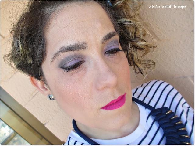 Maquillaje en morados y fuxias
