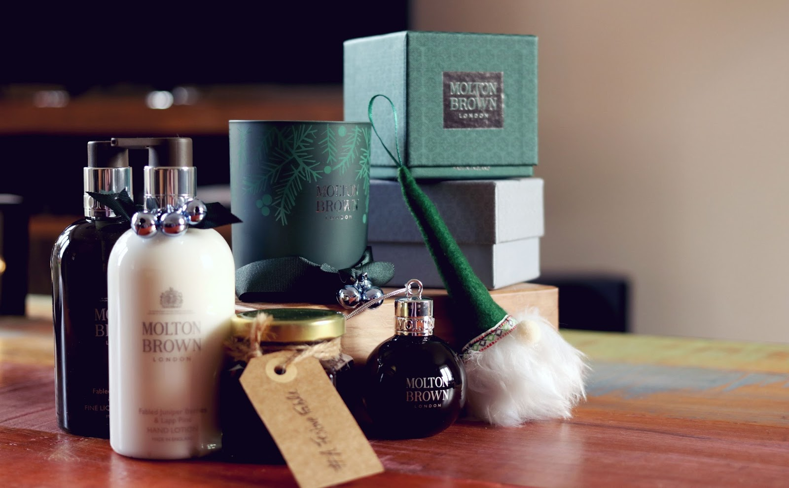 Molton Brown Fabled Juniper Berries & Lapp Pine Collection
