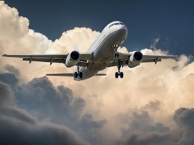 Kiedy należy Ci się odszkodowanie za opóźniony lot?