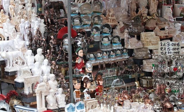 Lojas nos pontos turísticos de Florença