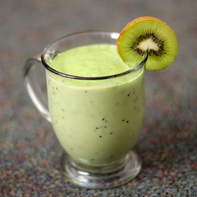 Healthy Green Monster Smoothie - Desserts With Benefits