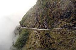 Ponmudi hills,trivandrum tourist place