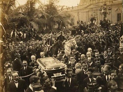 funeral de nicolas de pierola