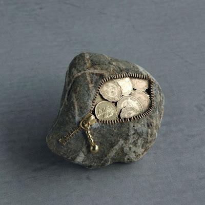 Un monedero de piedra