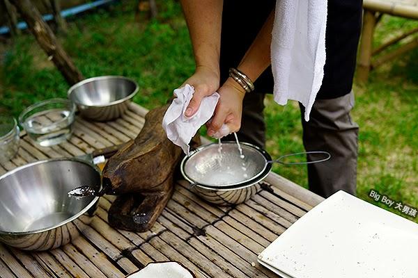 曼谷烹飪學校 Bangkok Baipai Thai Cooking School 椰汁及椰油 Coconut oil juice
