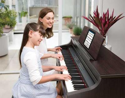lop hoc dan piano