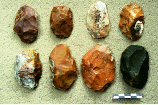 Amigdaloid stone tools