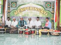 Peringati Maulid Nabi di masjid Al Mutadin Desa Sungai Ringin