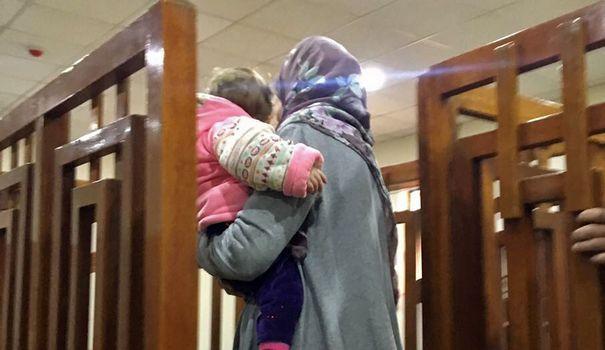 Матір 4 дітей отримала довічне за участь у ІДІЛ
