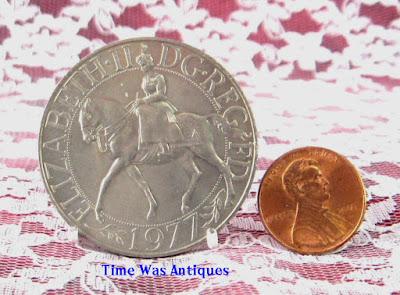 https://timewasantiques.net/products/commemorative-coin-queen-elizabeth-ii-jubilee-1977-mint-in-sleeve