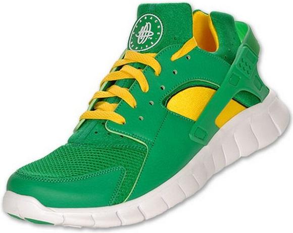 fbad44b9215 SNKROLOGY  A SOFT SPOT  Nike Huarache Free 2012 Court Green White ...