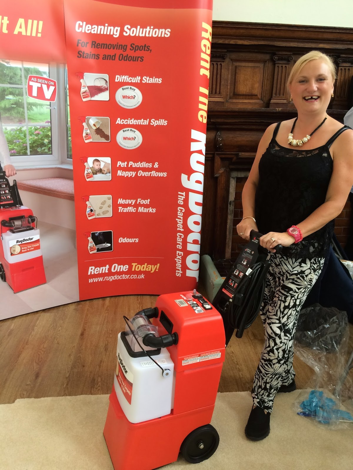 madmumof7 with RugDoctor carpet cleaning machine