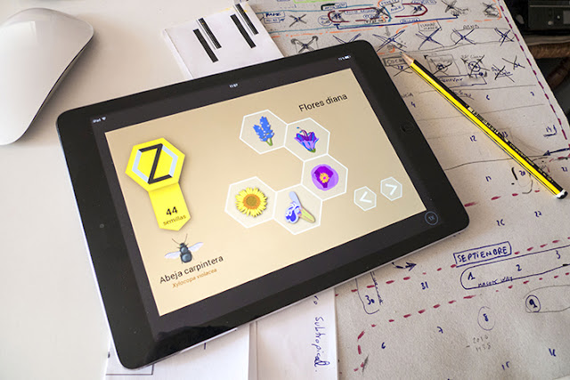 tablet con pantalla polinizapp flores diana